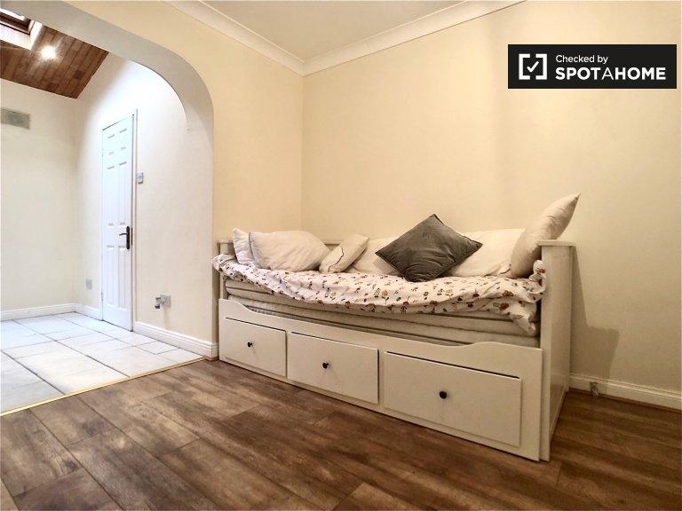 Cosy room to rent in Lucan, Dublin