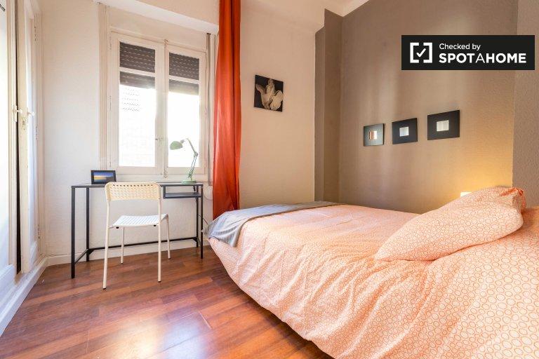 Elegante habitación en apartamento de 5 dormitorios en Ciutat Vella Valencia