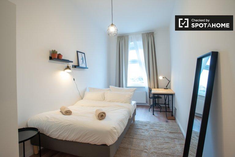 Świetny pokój do wynajęcia, mieszkanie, 3 sypialnie, Friedrichshain