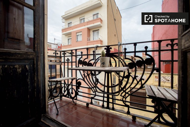 Appartement de 2 chambres à louer à Poblats Marítims