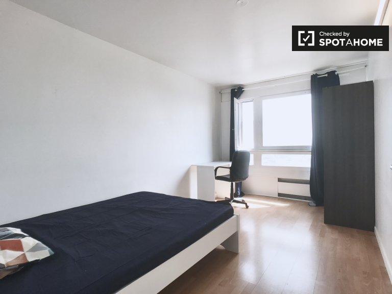 Luminosa camera in appartamento con 4 camere da letto in Arrondissement 13