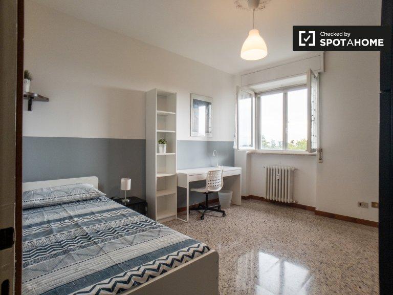 Amplia habitación en alquiler en Forze Armate, Milán
