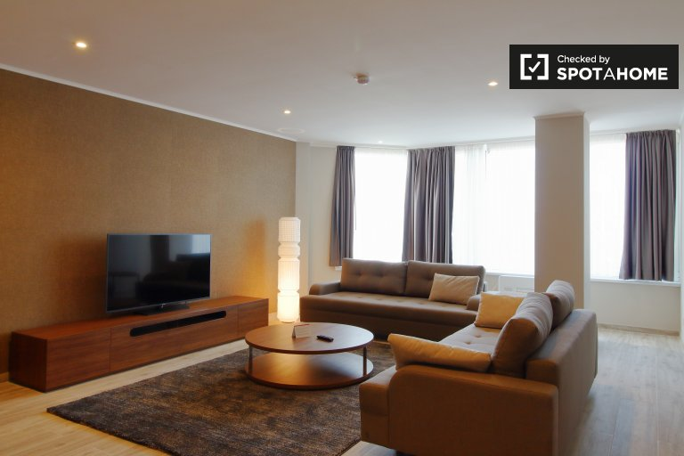 Apartamento chique com 2 quartos para alugar no centro da cidade de Bruxelas