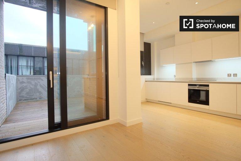 Unvollendete Studio-Wohnung in Archway, London zu vermieten