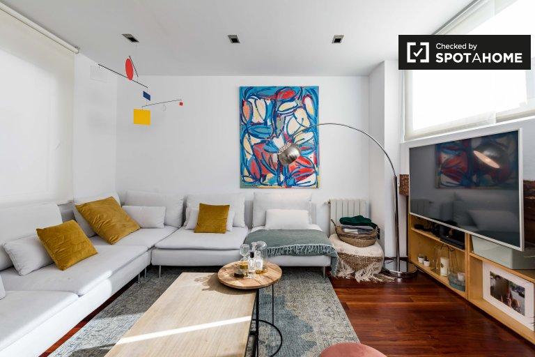 Grazioso appartamento in affitto con 1 camera da letto, L'Eixample, Valencia