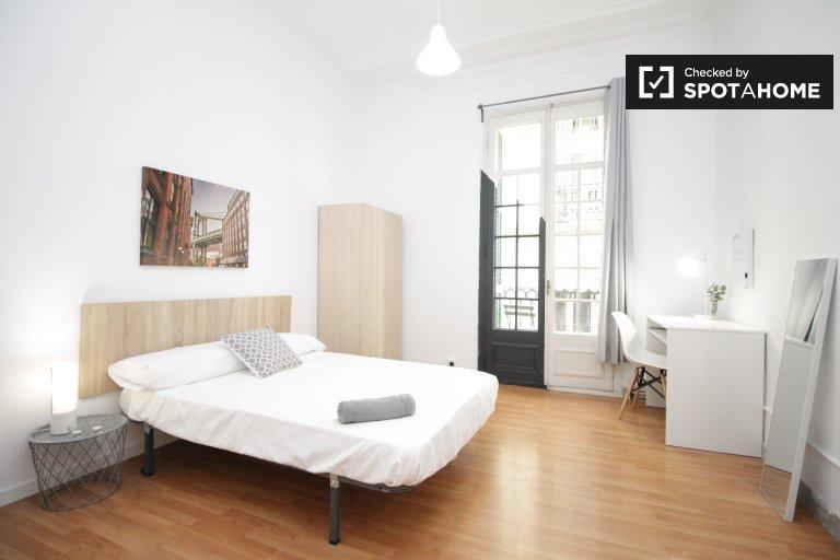 Chambre fraîche dans un appartement de 9 chambres à El Born, Barcelone