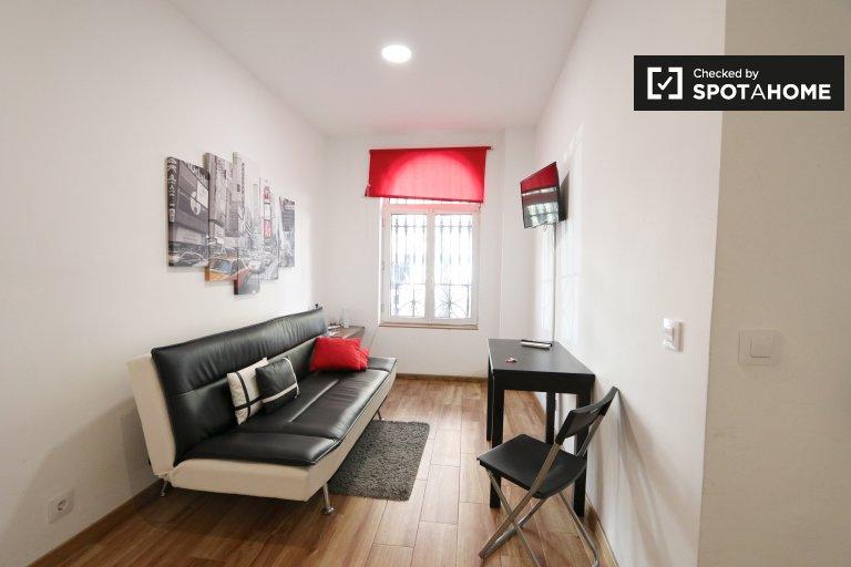 Nowoczesne 2-pokojowe mieszkanie do wynajęcia w Retiro, Madryt