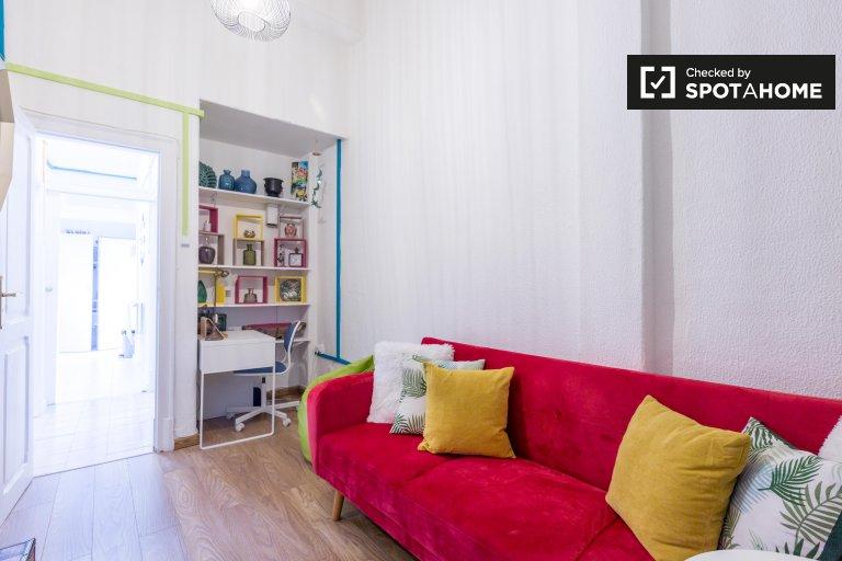 Apartamento de 2 quartos para alugar no Bairro do Rego