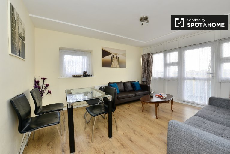 Tidy 2-bedroom apartment to rent in Tower Hamlets, London