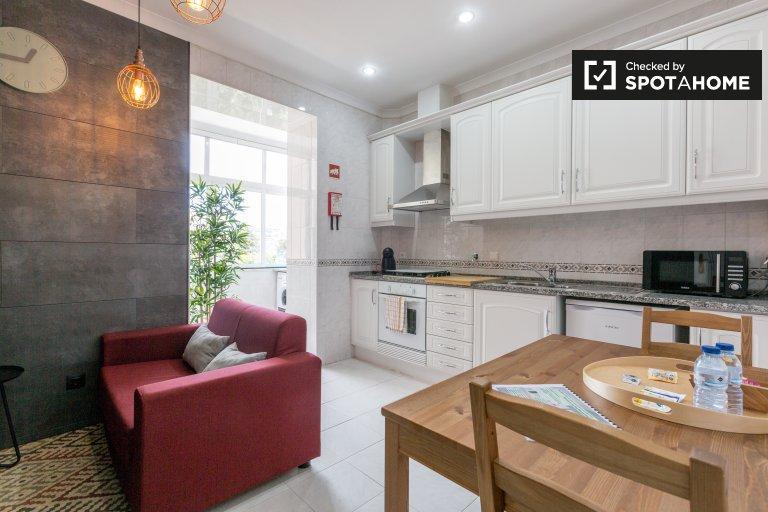 Apartamento de 2 quartos para alugar em Avenidas Novas, Lisboa
